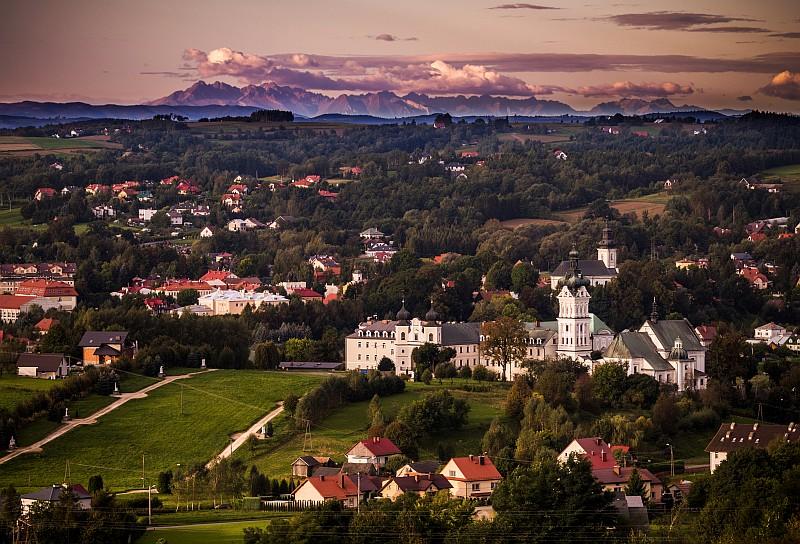 Widok na Tuchów z Furmańca, fot. Wiktor Chrzanowski